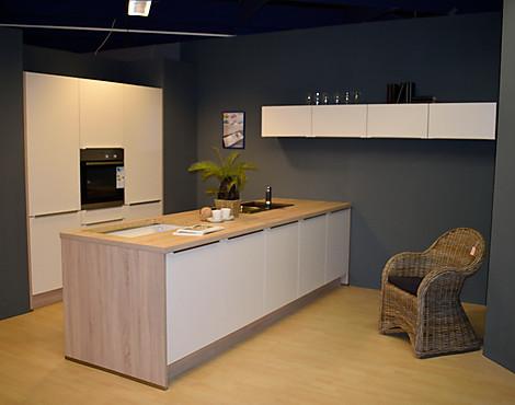 musterk chen m bel werner in n rnberg. Black Bedroom Furniture Sets. Home Design Ideas