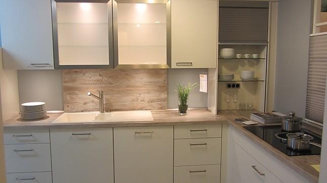 nobilia musterk che einbauk che in magnolia softmatt ausstellungsk che in kalletal von. Black Bedroom Furniture Sets. Home Design Ideas