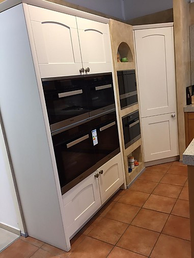 miele k chen musterk che miele k che inkl granit arbeitsplatte und miele dunstabzug. Black Bedroom Furniture Sets. Home Design Ideas