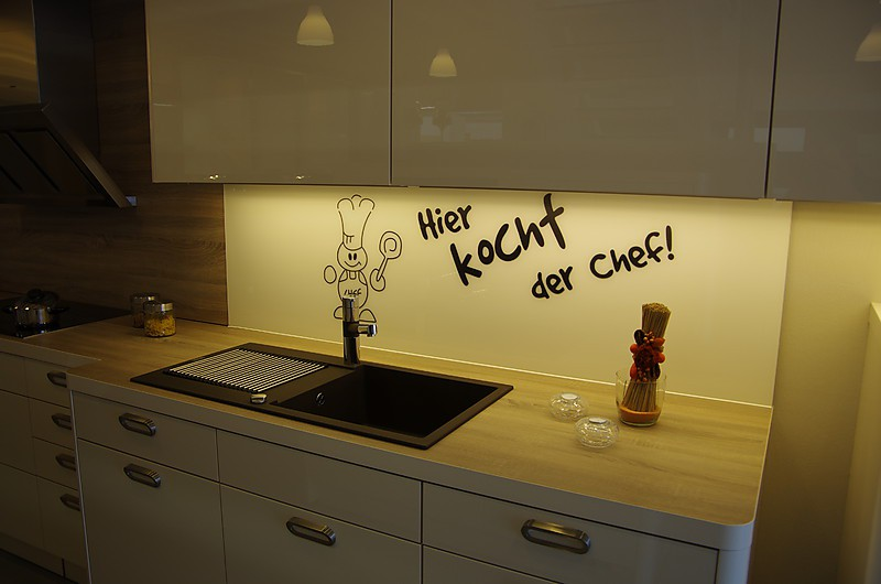 nolte musterk che moderne planung mit softline elemente u. Black Bedroom Furniture Sets. Home Design Ideas