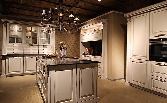 bauformat musterk che die exklusive landhausk che f r h chste anspr che ausstellungsk che in. Black Bedroom Furniture Sets. Home Design Ideas
