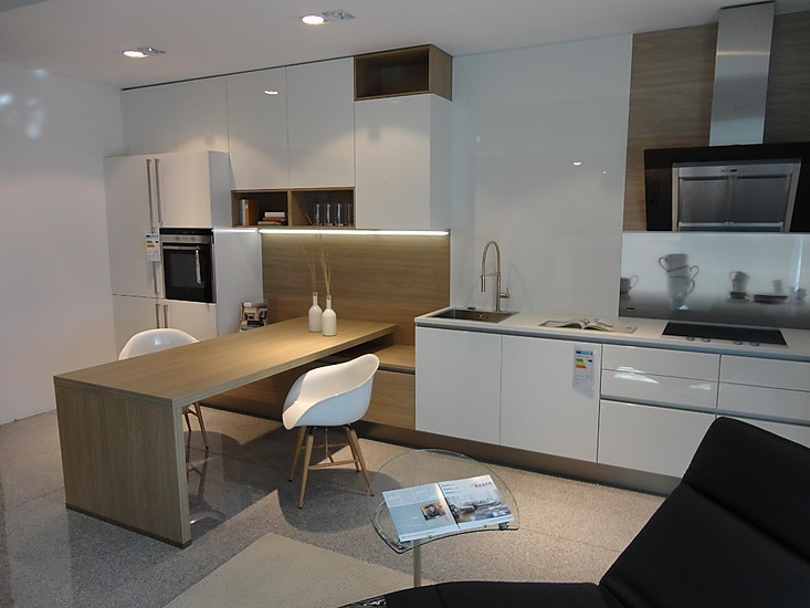 nolte musterk che trend matrix 150 ausstellungsk che in olching von m bel keser. Black Bedroom Furniture Sets. Home Design Ideas