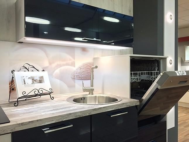 nobilia musterk che maritim gerade zeile hochgebaute sp lmaschine. Black Bedroom Furniture Sets. Home Design Ideas