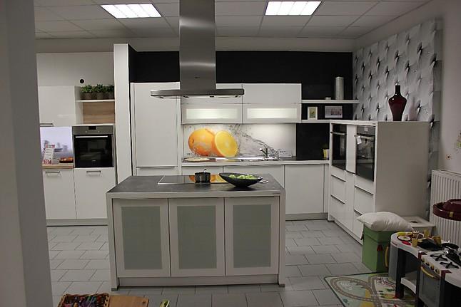 nolte musterk che sch ne k che ausstellungsk che in delmenhorst von m bel reinecke. Black Bedroom Furniture Sets. Home Design Ideas