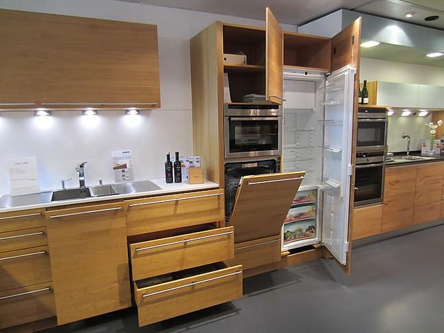 team 7 musterk che sch ne massivholz k che in eiche natur ausstellungsk che in straubenhardt. Black Bedroom Furniture Sets. Home Design Ideas
