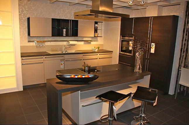 h cker musterk che mk 55 ausstellungsk che in uhingen von k chen kompetenz center. Black Bedroom Furniture Sets. Home Design Ideas