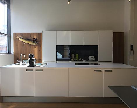 musterk chen von next125 angebots bersicht g nstiger ausstellungsk chen. Black Bedroom Furniture Sets. Home Design Ideas