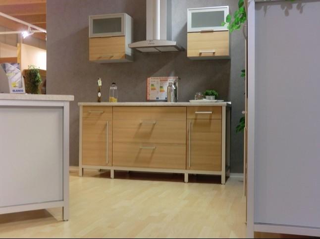 bauformat musterk che moderne modul k che im ansprechenden design ausstellungsk che in von. Black Bedroom Furniture Sets. Home Design Ideas