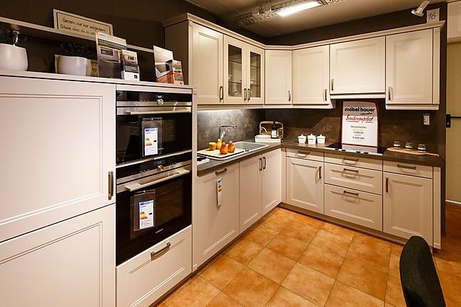 Möbel Bauer Freudenburg bauformat musterküche hochwertige landhaus küche ausstellungsküche
