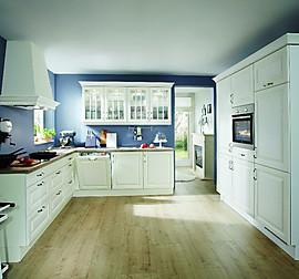 hausmarke musterk che elegante k che der eigenen hausmarke in landhausstil ausstellungsk che in. Black Bedroom Furniture Sets. Home Design Ideas