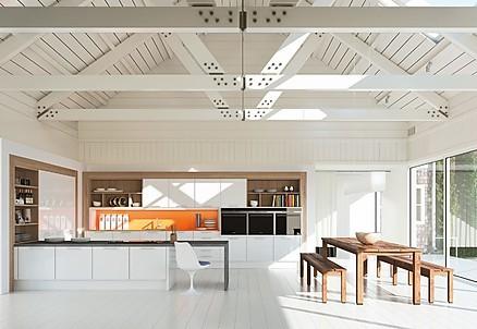 Offene-Küche-in-Weiß