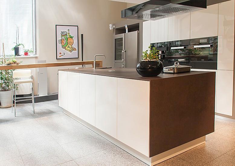 siematic musterk che siematic musterk che mit kochinsel. Black Bedroom Furniture Sets. Home Design Ideas