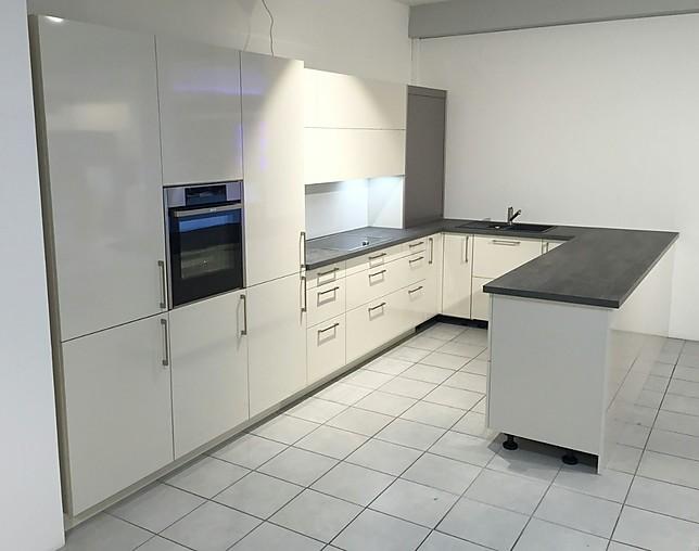 Schmidt Küchen schmidt küchen musterküche hell im magnolia ausstellungsküche in
