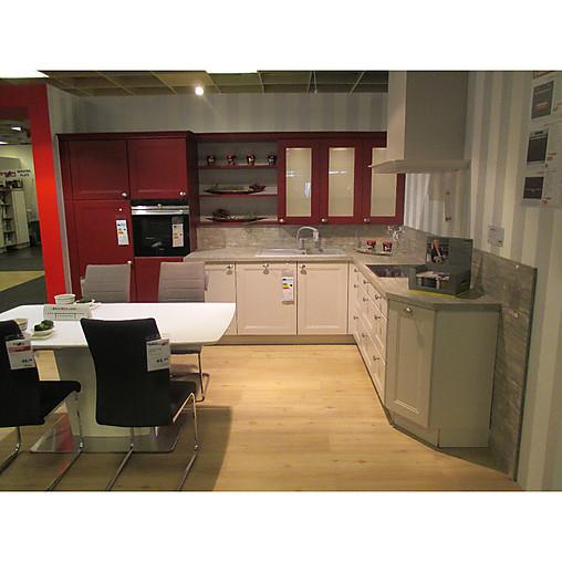 Nolte   Einbauküche Windsor Einbauküche Im Landhausstil. Hochwertige  Elektrogeräte Und Beleuchtung Inkl.