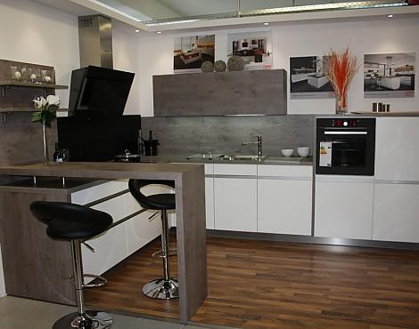 musterk chen von rempp angebots bersicht g nstiger ausstellungsk chen. Black Bedroom Furniture Sets. Home Design Ideas