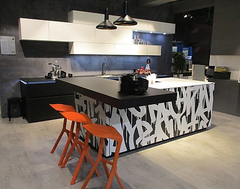 musterk chen neueste ausstellungsk chen und musterk chen seite 10. Black Bedroom Furniture Sets. Home Design Ideas