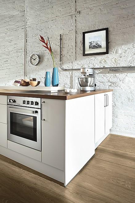 Unsere Küchen werden ausschließlich mit hochwertigen Elektrogeräten ausgestattet