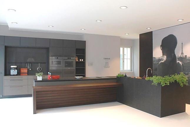 siematic musterk che die elegante verbindung von funktion und emotion ausstellungsk che in. Black Bedroom Furniture Sets. Home Design Ideas