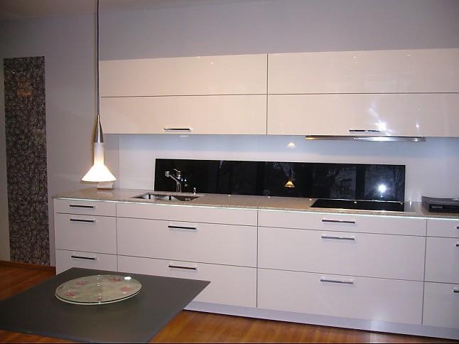 warendorf musterk che kerber ihr miele haus in osnabr ck ausstellungsk che in osnabr ck von. Black Bedroom Furniture Sets. Home Design Ideas