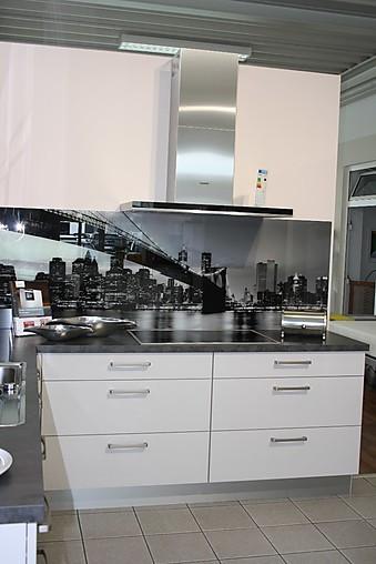 Küche Mit Block : nobilia musterk che moderne hochglanz l k che mit highboard block ausstellungsk che in bensheim ~ Avissmed.com Haus und Dekorationen