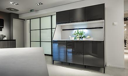 Überzeugen Sie sich in unserer Ausstellung von vielfältigen Gestaltungsmöglichkeiten für die Küche