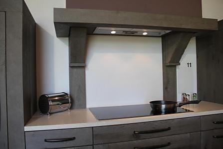 sonstige musterk che eiche massiv mit charme ausstellungsk che in bach palenberg von rochtus. Black Bedroom Furniture Sets. Home Design Ideas