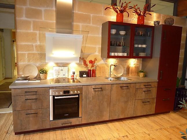 Rotpunkt-Musterküche Moderne Küche mit kombinierten Fronten aus ...