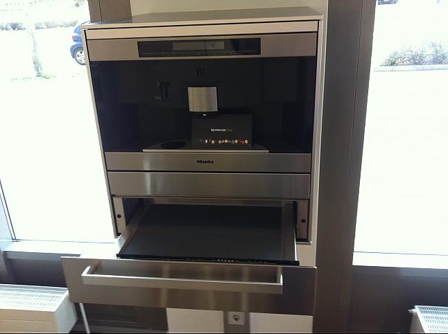 sonstige cva 3660 einbau kaffeevollautomat miele cva 3660 f r nespresso kapseln miele. Black Bedroom Furniture Sets. Home Design Ideas