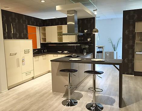 musterk chen neueste ausstellungsk chen und musterk chen seite 23. Black Bedroom Furniture Sets. Home Design Ideas
