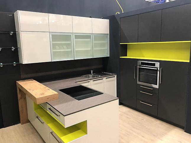 Küchenangebote münchen  DAN-Küchen-Musterküche Moderne Lackküche / Messeschnäppchen auf der ...