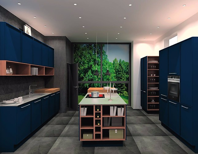 nolte musterk che carissma tiefblau gro e u form k che nolte ausstellungsk che in berlin von. Black Bedroom Furniture Sets. Home Design Ideas