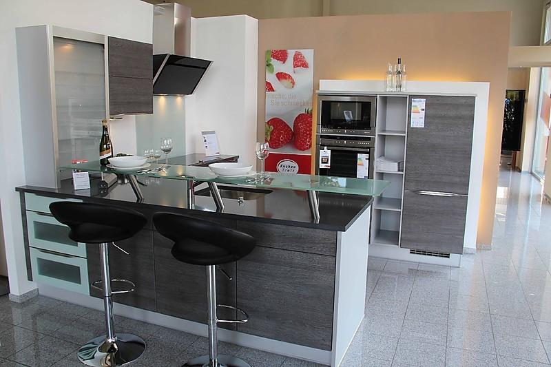l kuche mit theke die neuesten innenarchitekturideen. Black Bedroom Furniture Sets. Home Design Ideas