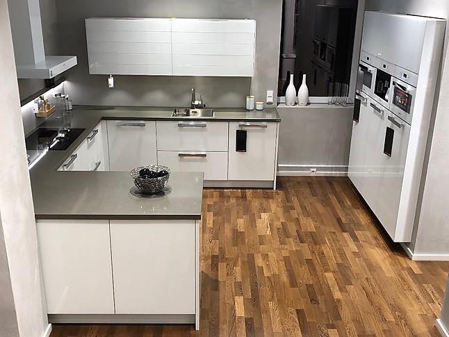 miele k chen musterk che im miele center am wittenbergplatz ausstellungsk che in berlin von. Black Bedroom Furniture Sets. Home Design Ideas