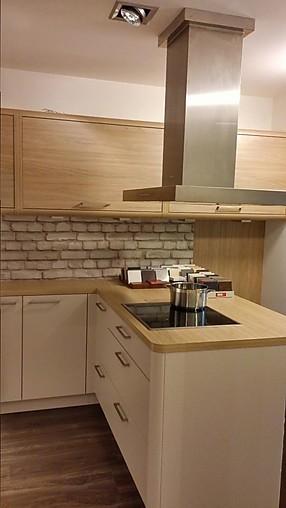 Nolte-Musterküche Moderne U-Küche in Sahara: Ausstellungsküche in ...