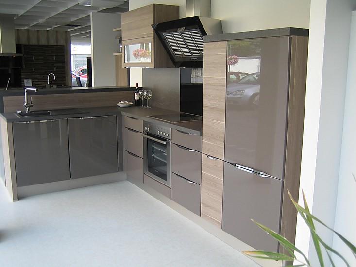nobilia musterk che nobilia lux ausstellungsk che in diez. Black Bedroom Furniture Sets. Home Design Ideas