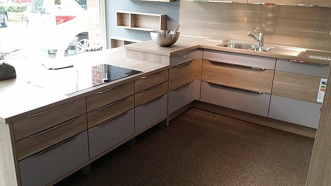 nobilia musterk che moderne l k che mit ger teblock ausstellungsk che in xanten von k chentreff. Black Bedroom Furniture Sets. Home Design Ideas