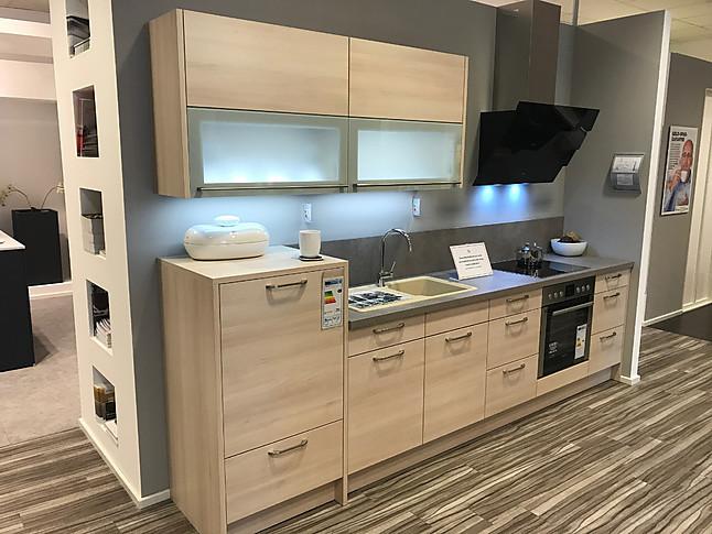 hausmarke musterk che gem tliche k che mit faltlift oberschr nken inkl led glasboden. Black Bedroom Furniture Sets. Home Design Ideas
