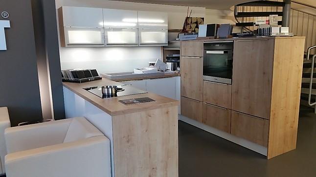 Moderne U Küche in Holzoptik und weiss glzd
