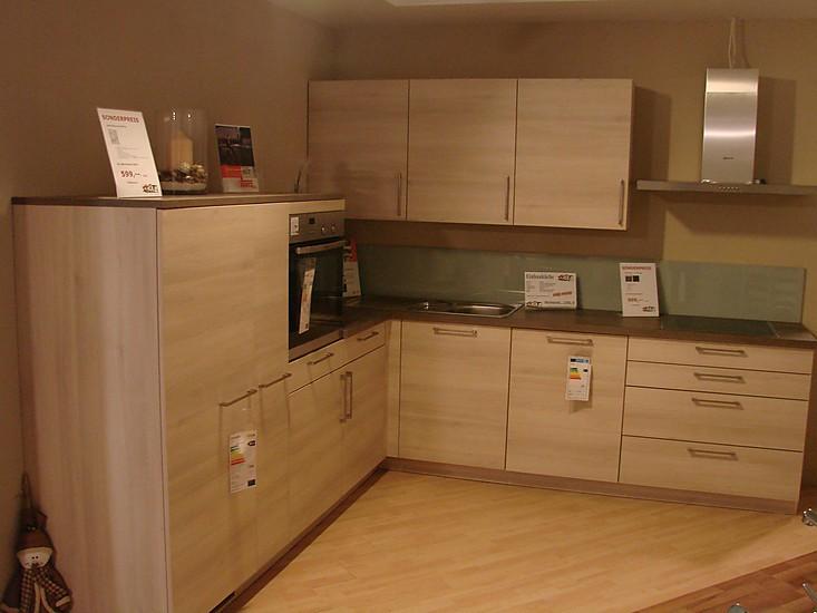 h cker musterk che moderne einbauk che ausstellungsk che in mammendorf von mit m bel keser. Black Bedroom Furniture Sets. Home Design Ideas
