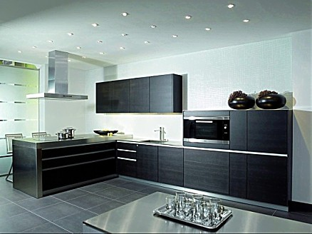Zeyko l form küche in schwarzer holzausführung