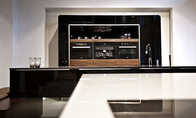 h cker musterk che designerk che preis ohne ger te ausstellungsk che in karlsruhe von k che. Black Bedroom Furniture Sets. Home Design Ideas