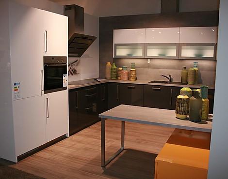musterk chen von brigitte angebots bersicht g nstiger ausstellungsk chen. Black Bedroom Furniture Sets. Home Design Ideas
