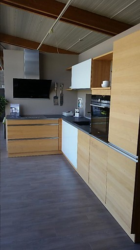 team 7 musterk che topmoderne massivholzk che aus erle ausstellungsst ck ausstellungsk che in. Black Bedroom Furniture Sets. Home Design Ideas