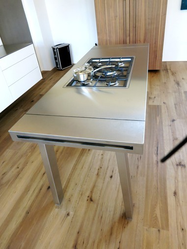 bulthaup musterk che edelstahl werkbank ger te. Black Bedroom Furniture Sets. Home Design Ideas