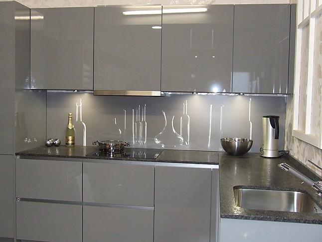 nobilia musterk che grifflose k che mit granit ausstellungsk che in castrop rauxel von k b. Black Bedroom Furniture Sets. Home Design Ideas