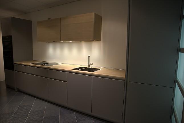 kuche grau grifflos. Black Bedroom Furniture Sets. Home Design Ideas