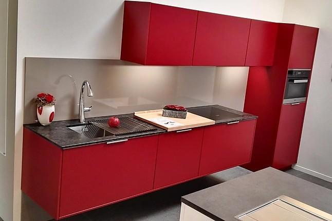 leicht musterk che inklusive granit arbeitsplatte ausstellungsk che in freiburg von die k che. Black Bedroom Furniture Sets. Home Design Ideas