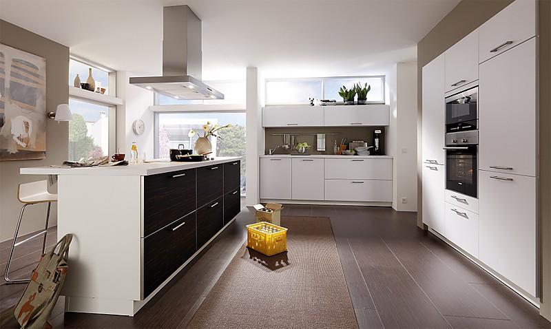 bauformat musterk che bauformat ausstellungsk che in. Black Bedroom Furniture Sets. Home Design Ideas