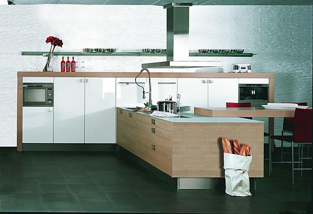 Classicline Rifteiche hell, weiß glänzend (pronorm Küchen)