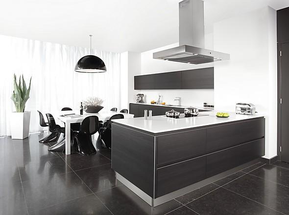 kuche in anthrazit hochglanz ~ die neuesten innenarchitekturideen, Hause ideen